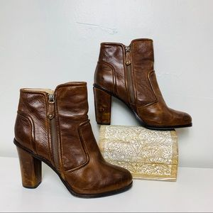 FRYE Sylvia Piping Bootie Cognac Leather Size 11
